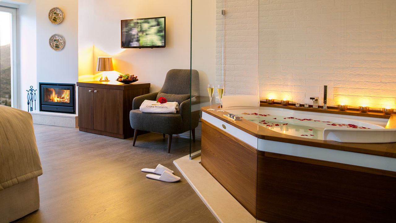 Superior Studio with spa bath (Loutraki)